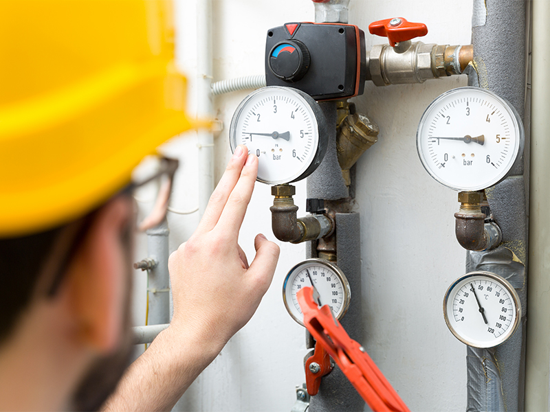 Distributor of gas